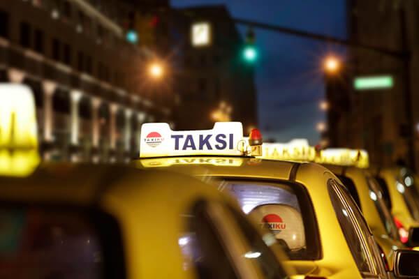 Mobil Taxiku