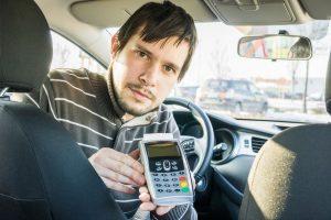 Bayar Taksi Pakai Kartu Kredit