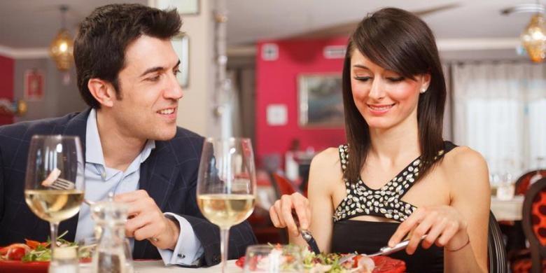 Tips Mengatur Pola Makan Di Luar