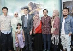 Screening Perdana Film Surga Yang Tak Dirindukan
