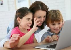 Memperkenalkan Internet Pada Anak
