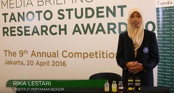Rika Lestari, Mahasiswa IPB yang berhasil dari program Tanoto Student Research Award.jpg