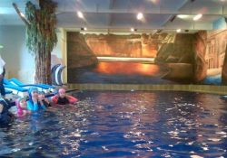 Hijab Swimming Pool Bandung