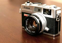 Kamera Mirrorless Canon