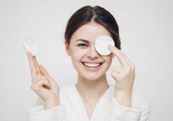 Atasi Kulit Berminyak Anda dengan Cleansing Pembersih Wajah