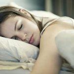 5 Penyebab Badan Anda Banjir Keringat Saat Tidur