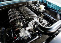Tips Menentukan Oli Mesin Terbaik Untuk Perawatan Mobil