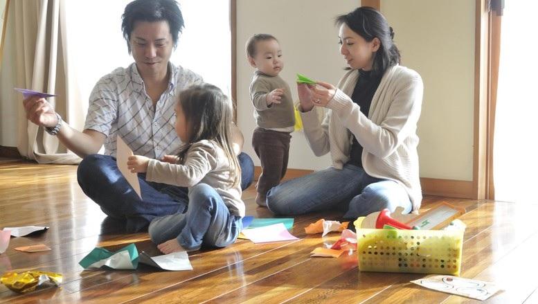 Terapkan Pola Asuh Anak Yang Baik, Biar Si Kecil Lebih PD