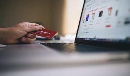 Alasan Belanja Online di Akhir Tahun