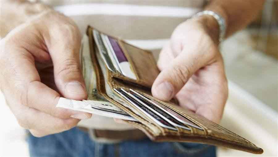 Pengeluaran Vs Pendapatan